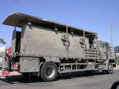 ''Safari'' truck