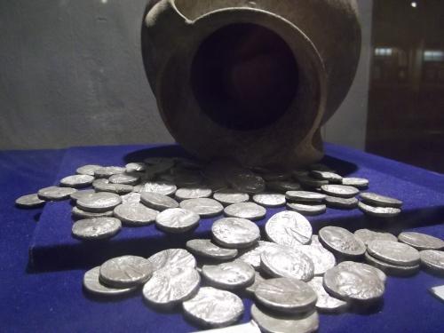 Tyrian shekels from the Ussfiyeh hoard