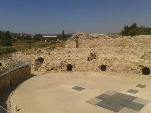 Amphitheatre side 2