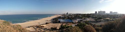 Panoramic view of the sea and modern Ashkelon