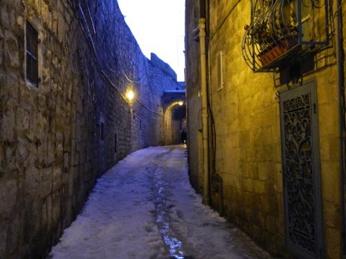 Narrow corridors at dusk