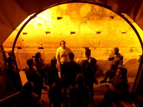 Kotel Tunnel tour