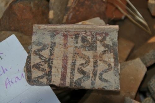 Philistine pottery found on-site (photo Khirbet Arai Expedition)