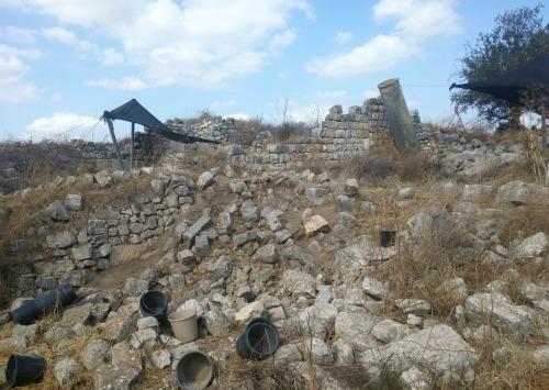 Clearing away the fallen rocks