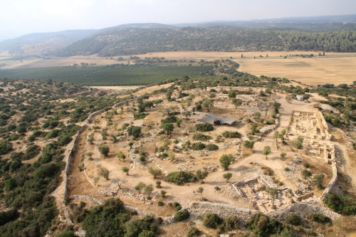 Aerial view of Khirbet Qeiyafa looking south (photo Skyview)