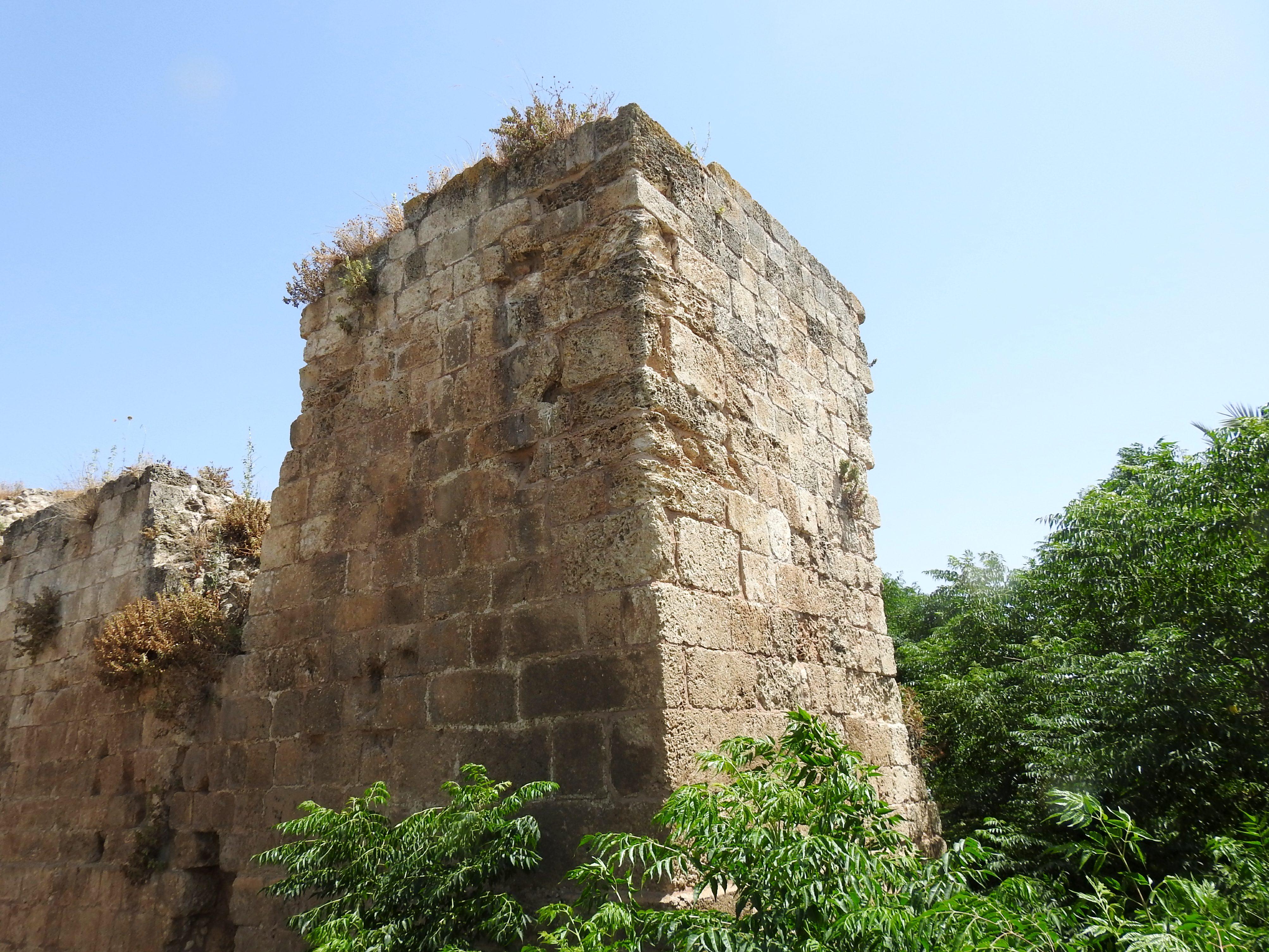 Fine Crusader masonry